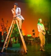 Adan y Eva en Broadway